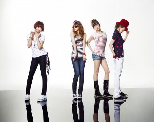 Sandara Park, Bom Park, Minzy, 2NE1, CL (K-Pop Idol)