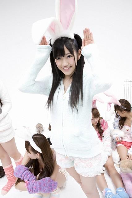 Mayu Watanabe, Haruna Kojima, Tomomi Itano, Minami Takahashi, AKB48