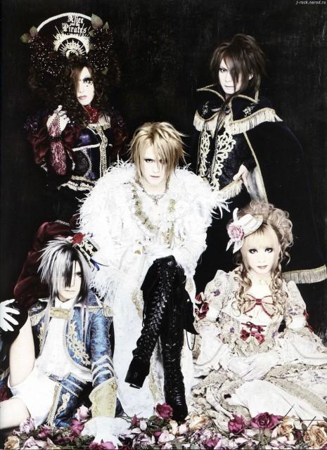 Versailles: Philharmonic Quintet, Teru, Jasmine You, Hizaki, Kamijo