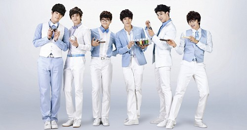 Taecyeon, Chansung, Wooyoung, Junho, Nichkhun