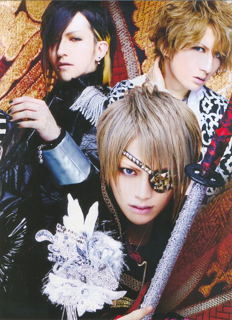 Tora, Saga (J-Pop Idol), Shou, Alice Nine
