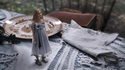 Disney, Alice In Wonderland (2010 Film), Alice, Live Action