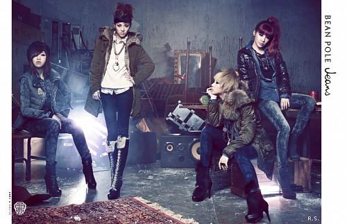 CL (K-Pop Idol), 2NE1, Minzy, Bom Park, Sandara Park