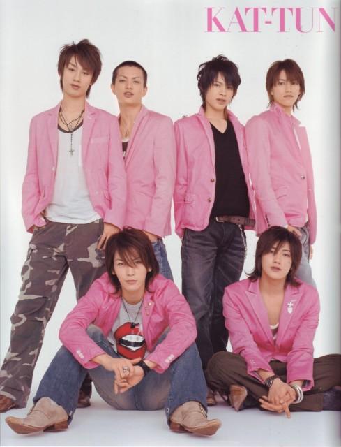Junnosuke Taguchi, Yuichi Nakamaru, Jin Akanishi, Tatsuya Ueda, KAT-TUN