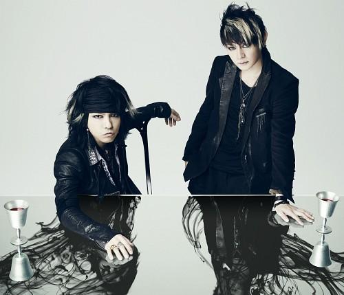 Hyde (J-Pop Idol), Vamps, Kazuhito Iwaike