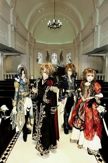 Yuki, Teru, Versailles: Philharmonic Quintet, Hizaki, Kamijo